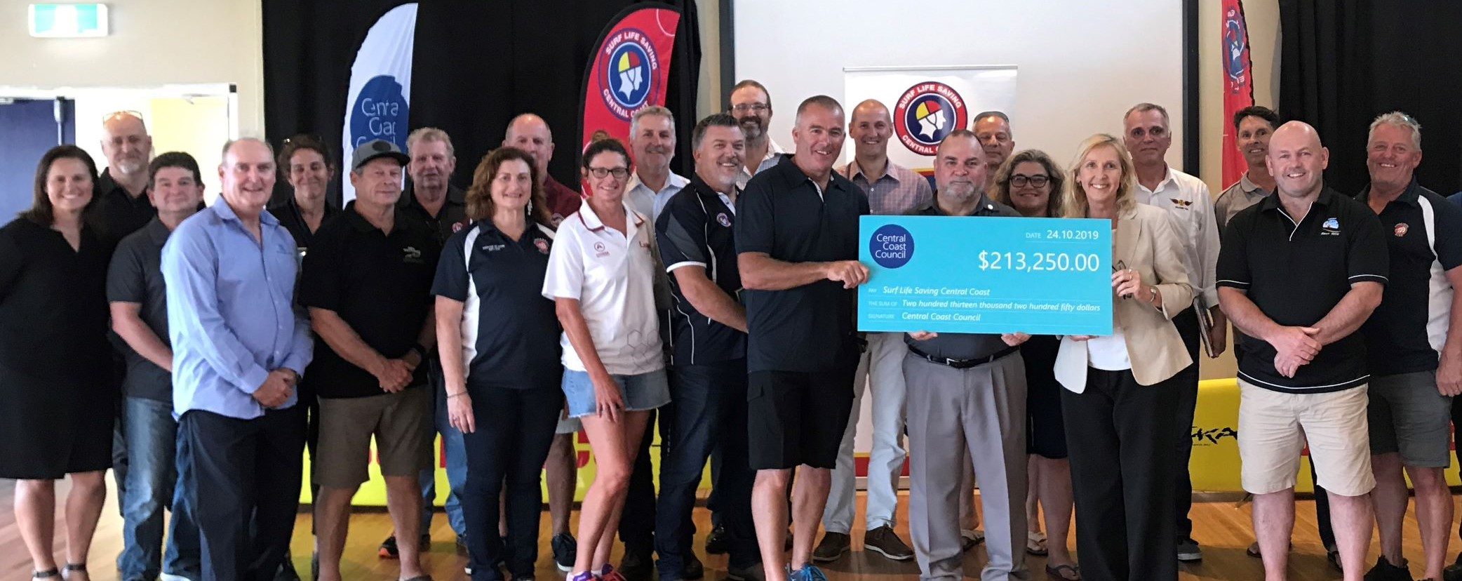 SLSC_Cheque_presentation_Oct_2019_cropped